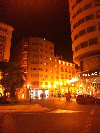 Hotel Molina Lario: Fachada del hotel