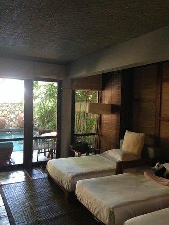 Jeeva Klui Resort : Ground floor living room / bedroom