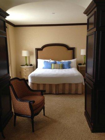 Hotel du Pont: King bed in luxury room