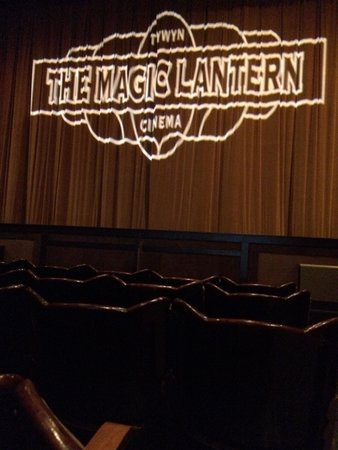 Magic Lantern Cinema Tywyn: My favorite Cinema