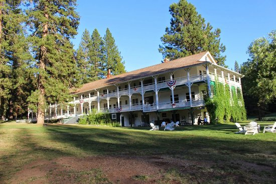 Big Trees Lodge: Wawona Hotel