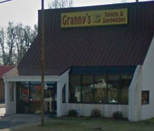 Granny's Donuts and Sandwiches: Granny's