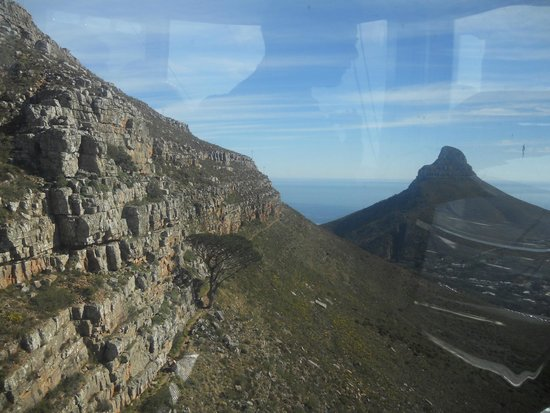 Table Mountain Aerial Cableway: view from car