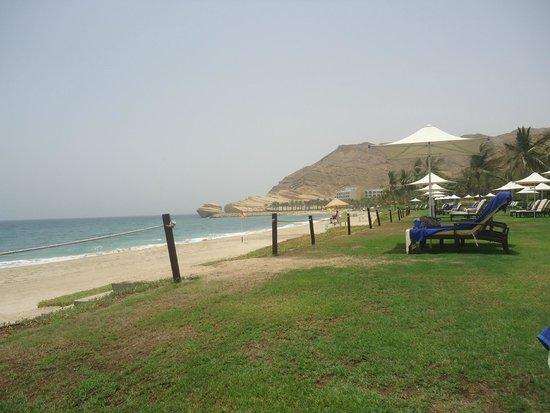 Shangri La Barr Al Jissah Resort & Spa-Al Bandar: the beach