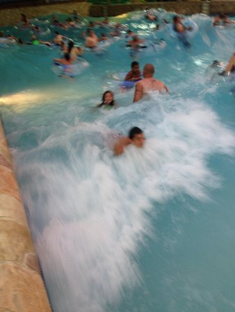 Wilderness Resort: the wave pool was a hit!!