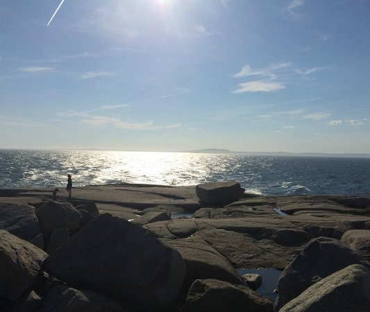 Peggy's Cove Lighthouse: View of the water from in front of the lighthouse