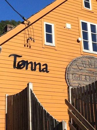 Tonna Servering & Pub