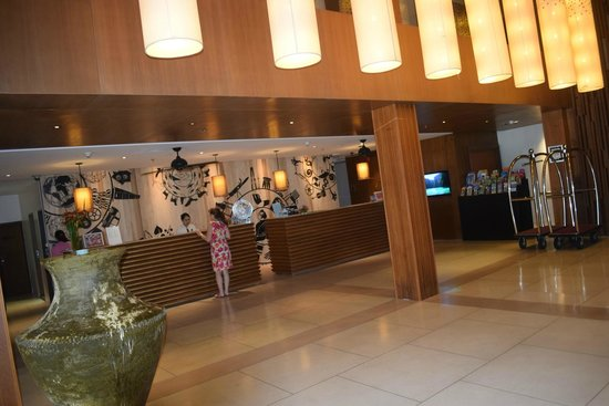 Swissotel Resort Phuket Kamala Beach: Reception
