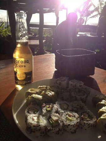 Miro Restobar : Sushi com Vista para o Mar