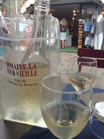 Les Templiers: традиционное le vin blanc