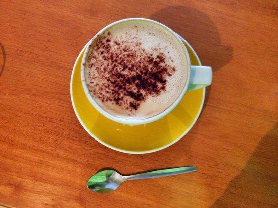 Zest Cafe: Latte