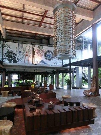 Holiday Inn Resort Krabi Ao Nang Beach : Hotel lobby