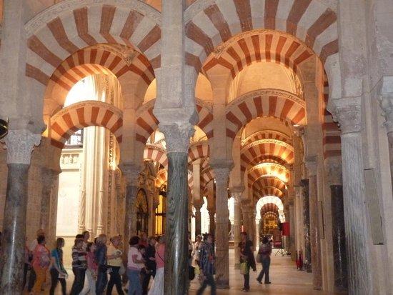 Mezquita-Catedral de Córdoba: Арки Мескиты