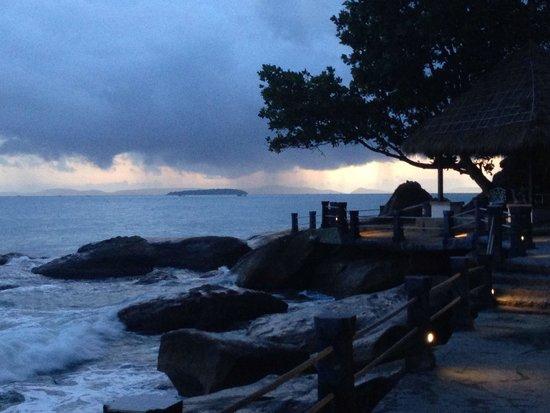 "Indochina Pioneer: Beautiful sunset over the ""sea of Cambodia"""