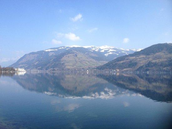 Lake Zell : вокруг горы
