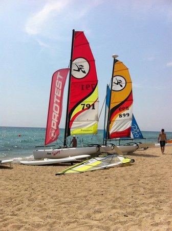 Ikos Oceania: Beach water sports