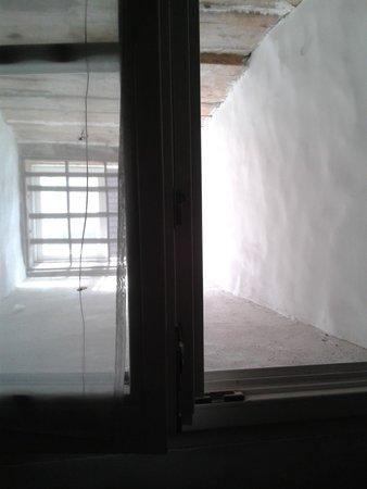 Gotthard Residents: het enige raam