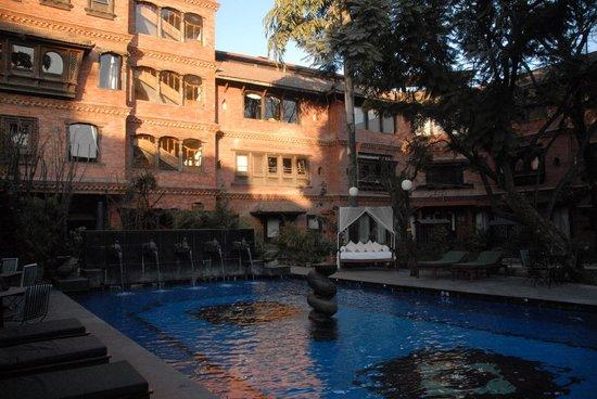 Dwarika's Hotel: 中庭
