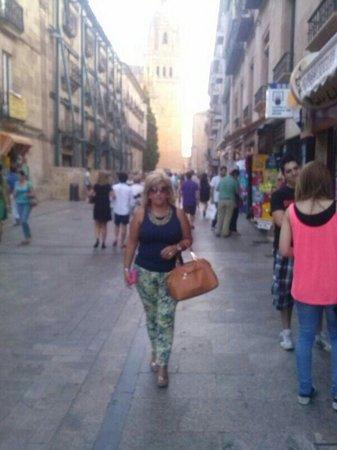 Centro histórico de Salamanca: Rua de camino a la catedral
