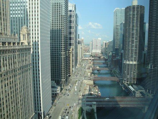 Wyndham Grand Chicago Riverfront: Vue sur la rivière Chicago