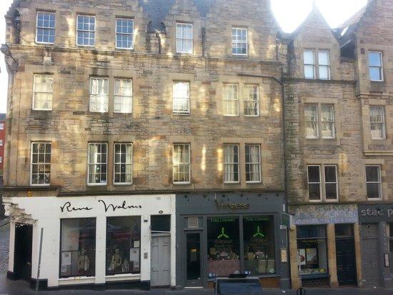Travelodge Edinburgh Central : Window View