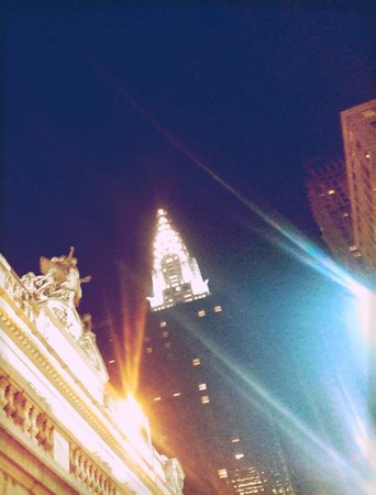 Chrysler Building: Night light