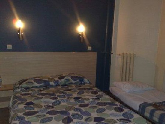 Hotel Tolbiac : Our room
