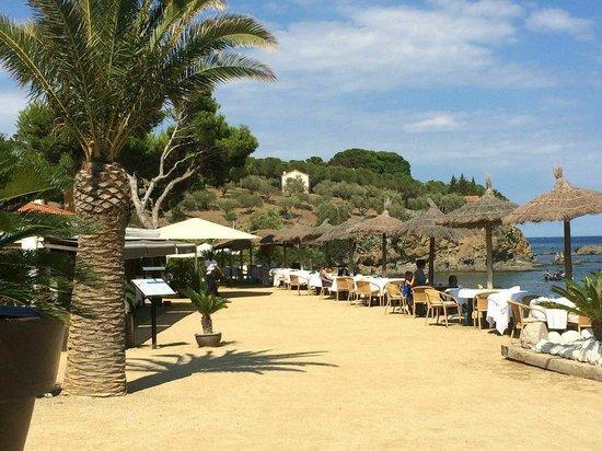 Restaurant Garbet: Vista restaurante Garbet junto a la playa