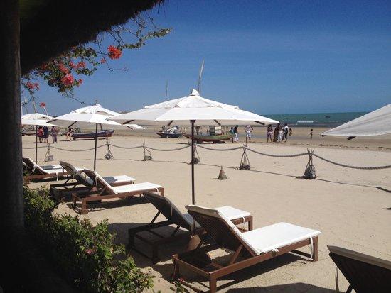 Dayo Hotel : Praia maravilhosa