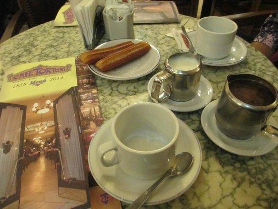Cafe Tortoni: churros com chocolate