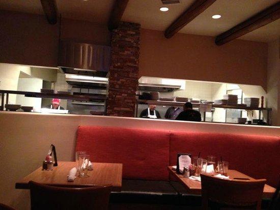 Thunderbird Bar and Grill: Open kitchen