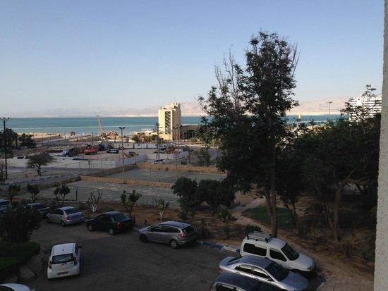Leonardo Inn Hotel Dead Sea: Вид из номера