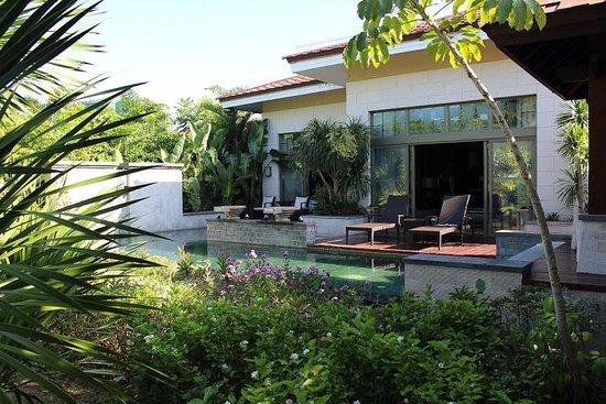 Renaissance Sanya Resort & Spa: Villa Pool
