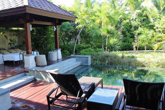 Renaissance Sanya Resort & Spa: Private patio
