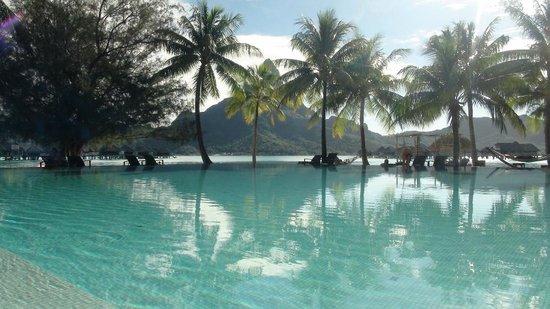 InterContinental Bora Bora Resort & Thalasso Spa: La piscine