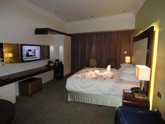 Auris Plaza Hotel: chalbre de notre suite