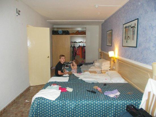 San Miguel Hotel : one room