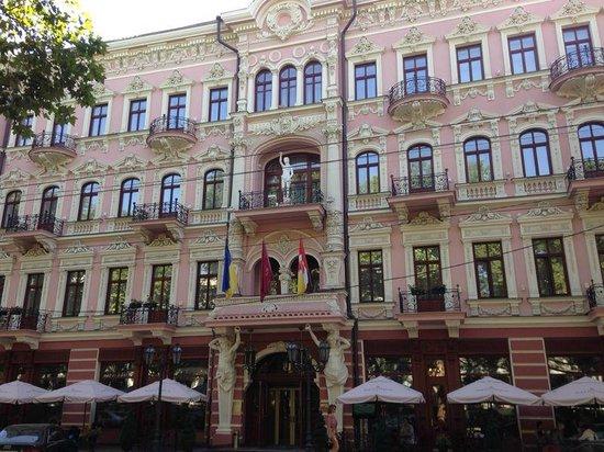 Hotel Bristol Odessa: Фасад