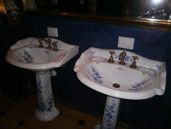 Café Pushkin : Туалетная комната