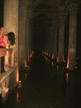 Basilica Cistern: long view
