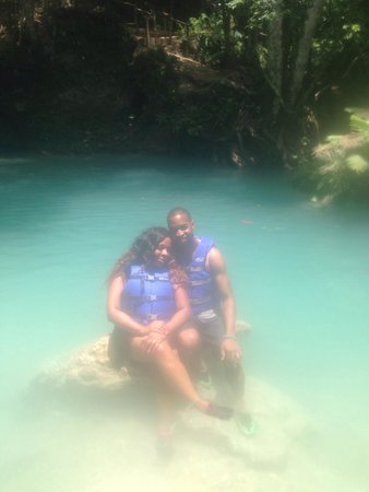 The Blue House Boutique Bed & Breakfast: Us at blue hole!!!