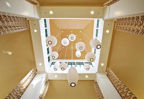 Hilton Garden Inn Poughkeepsie/Fishkill: Hotel Ceiling