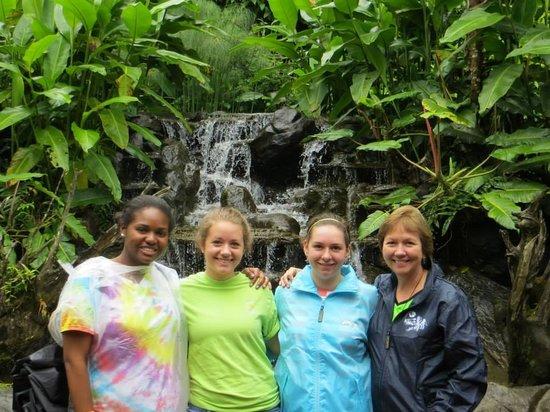 La Paz Waterfall Gardens: Small Waterfall