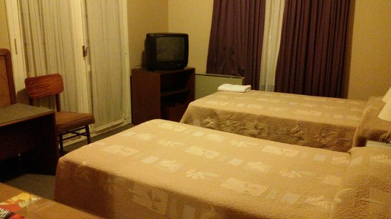 Hotel Cecilia: Quarto de solteiro do família standard