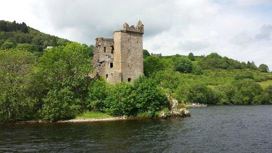 Loch Ness Cruises: Urquhart Castle3