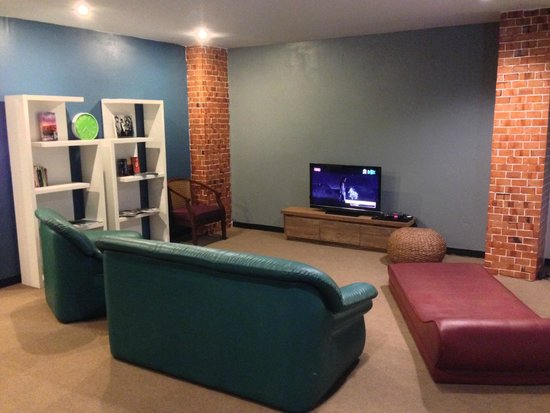 Hug Hostel : Entertainment Room