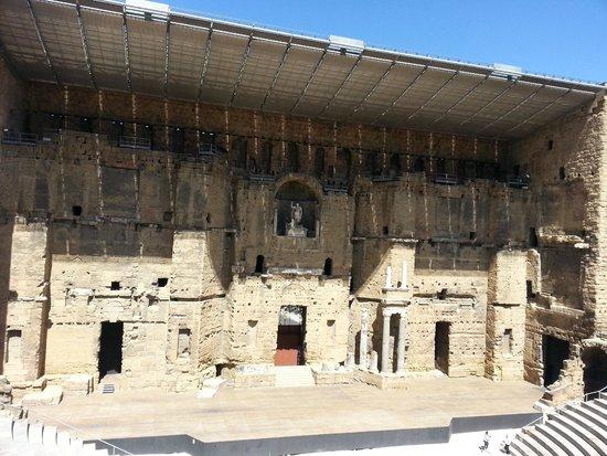 Théâtre Antique d'Orange : Vista da arquibancada.