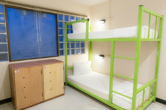 Hug Hostel : 4-Bed Mixed and Female Dorm