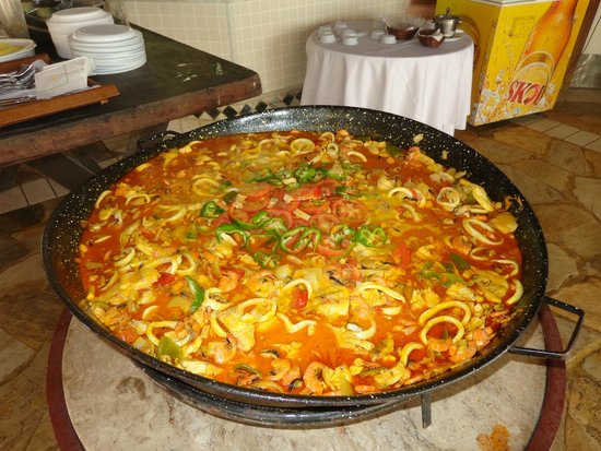 Sauipe Resorts: O almoço na Piscina cada dia um cardápio especial!!