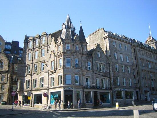 Motel One Edinburgh-Royal: Hoteleingang